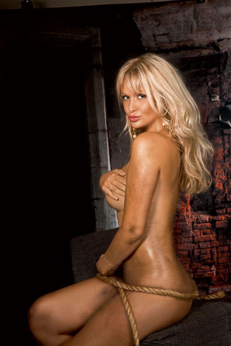 Фото голых девушек звезд россии 25 фотография