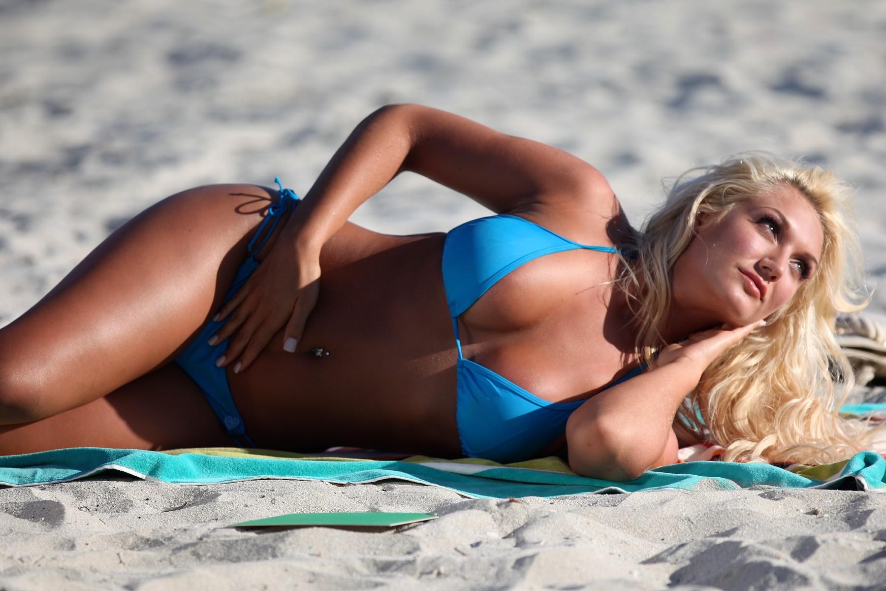 Brooke Hogan порно фото