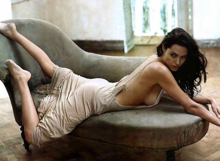 Джоли и Депп - самые красивые