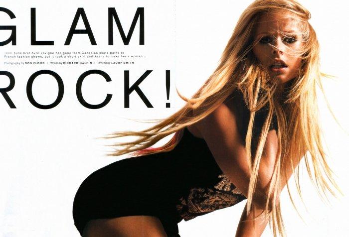 Avril Lavigne - Arena