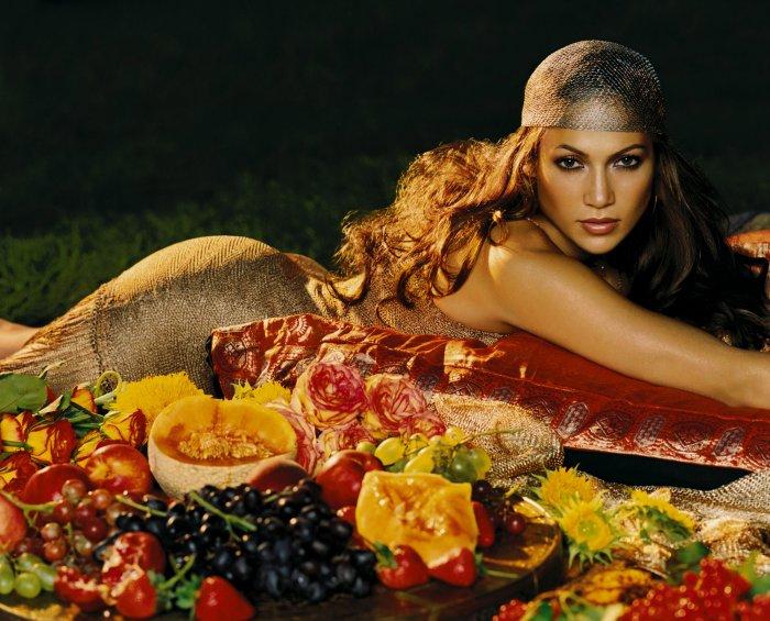 Молодая Jennifer Lopez