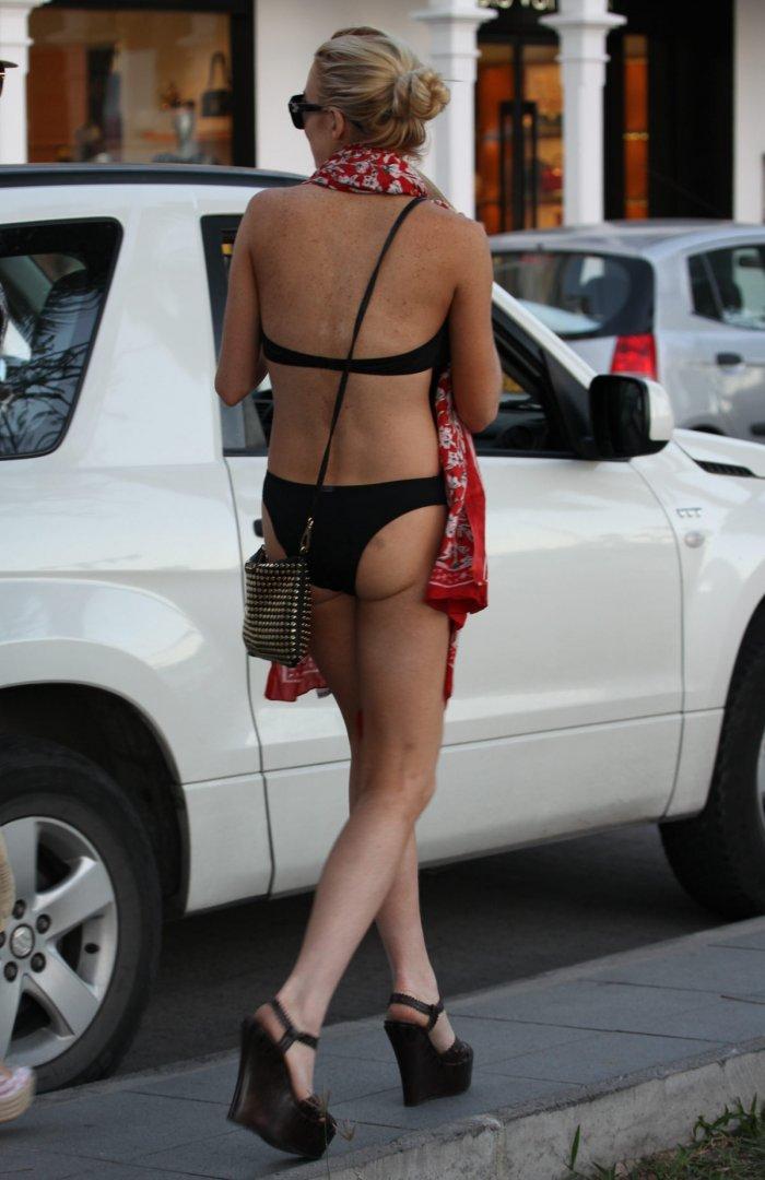 Lindsay Lohan в купальнике