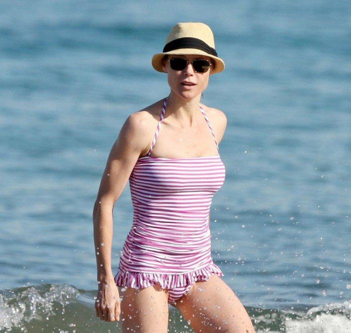 Julie Bowen на Гаваях