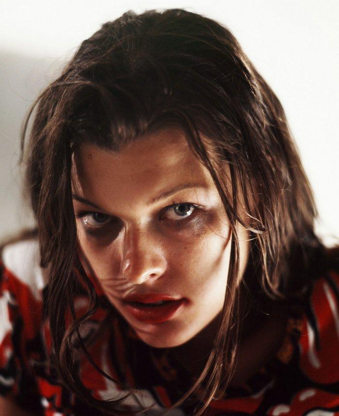 Milla Jovovich 1992