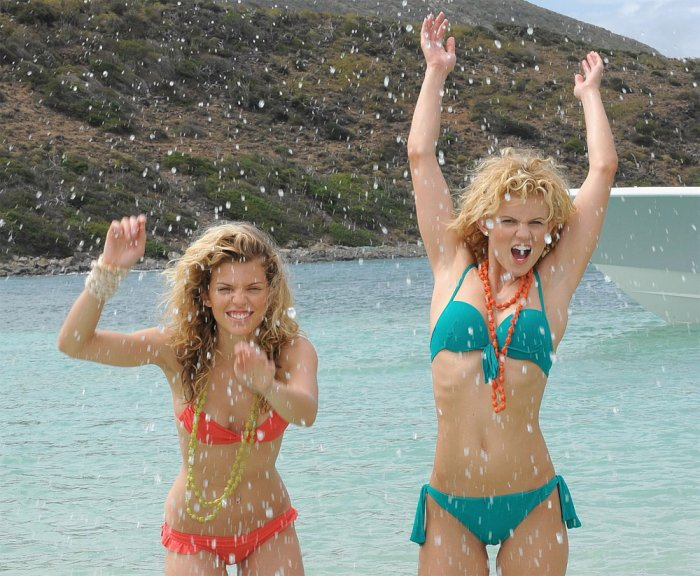 AnnaLynne McCord и сестра Angel