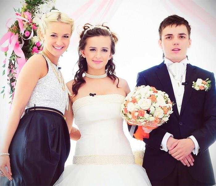 Свадьбы на доме 2 кузины