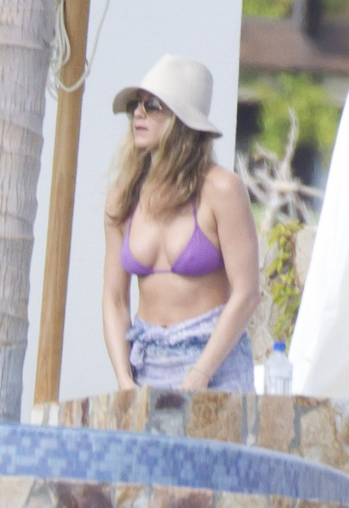 Jennifer Aniston в Мексике