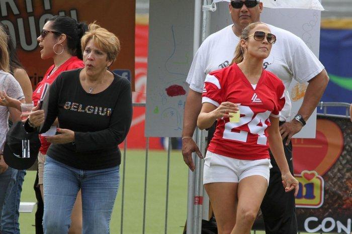 Jennifer Lopez футболистка