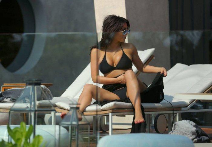 Kim Kardashian в Тайланде